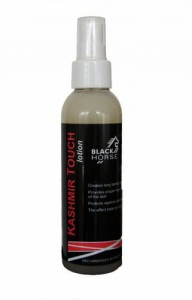 Lotion nabłyszcza. BLACK HORSE KashmirTouch 140ml